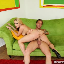Sophie Dee in 'Brazzers' Big ass chick Sophie Dee (Thumbnail 9)