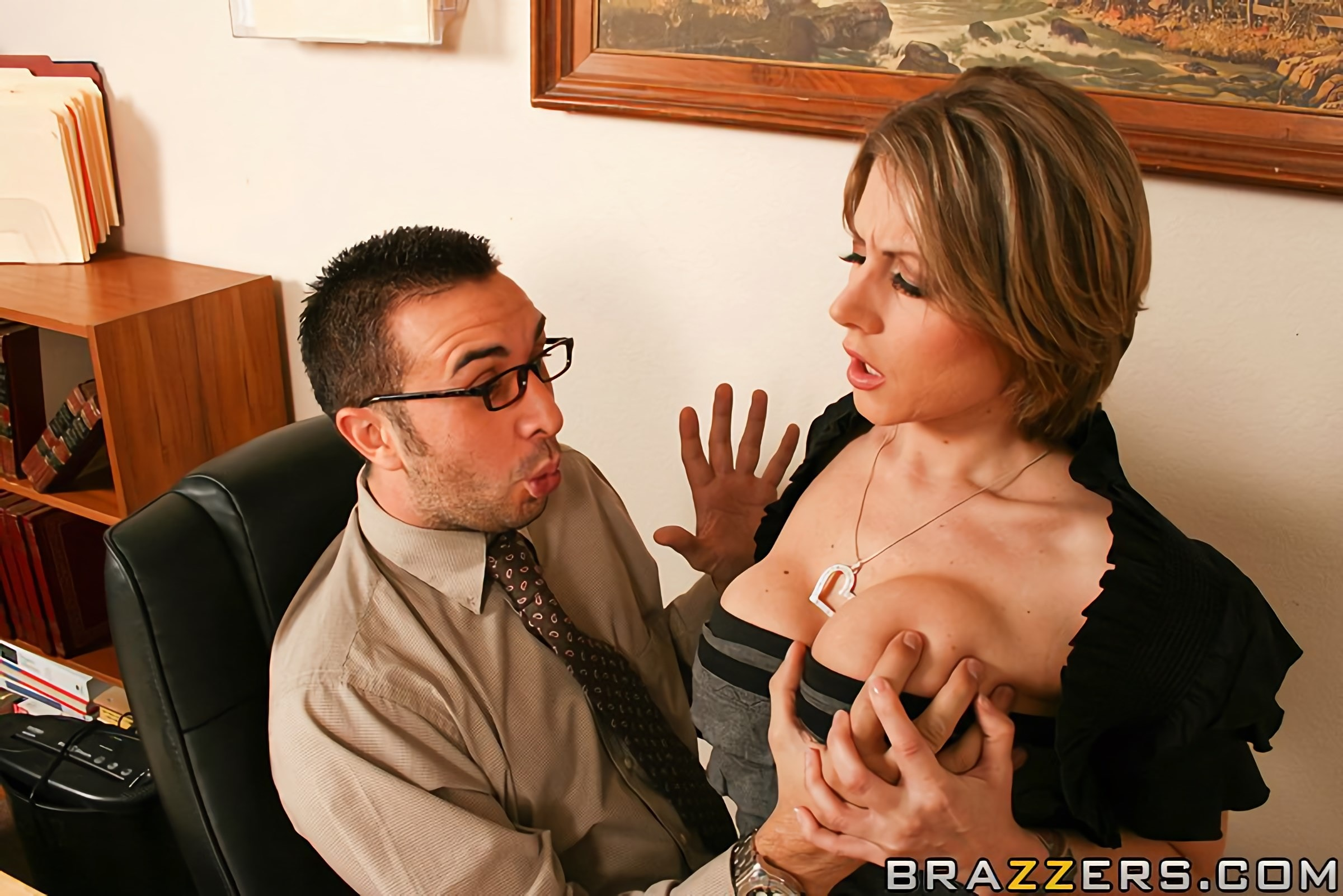 Brazzers 'Hawaii Tickets Up For Grabs' starring Velicity Von (Photo 6)
