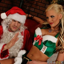 Phoenix Marie in 'Brazzers' Santas Busty Helper (Thumbnail 7)