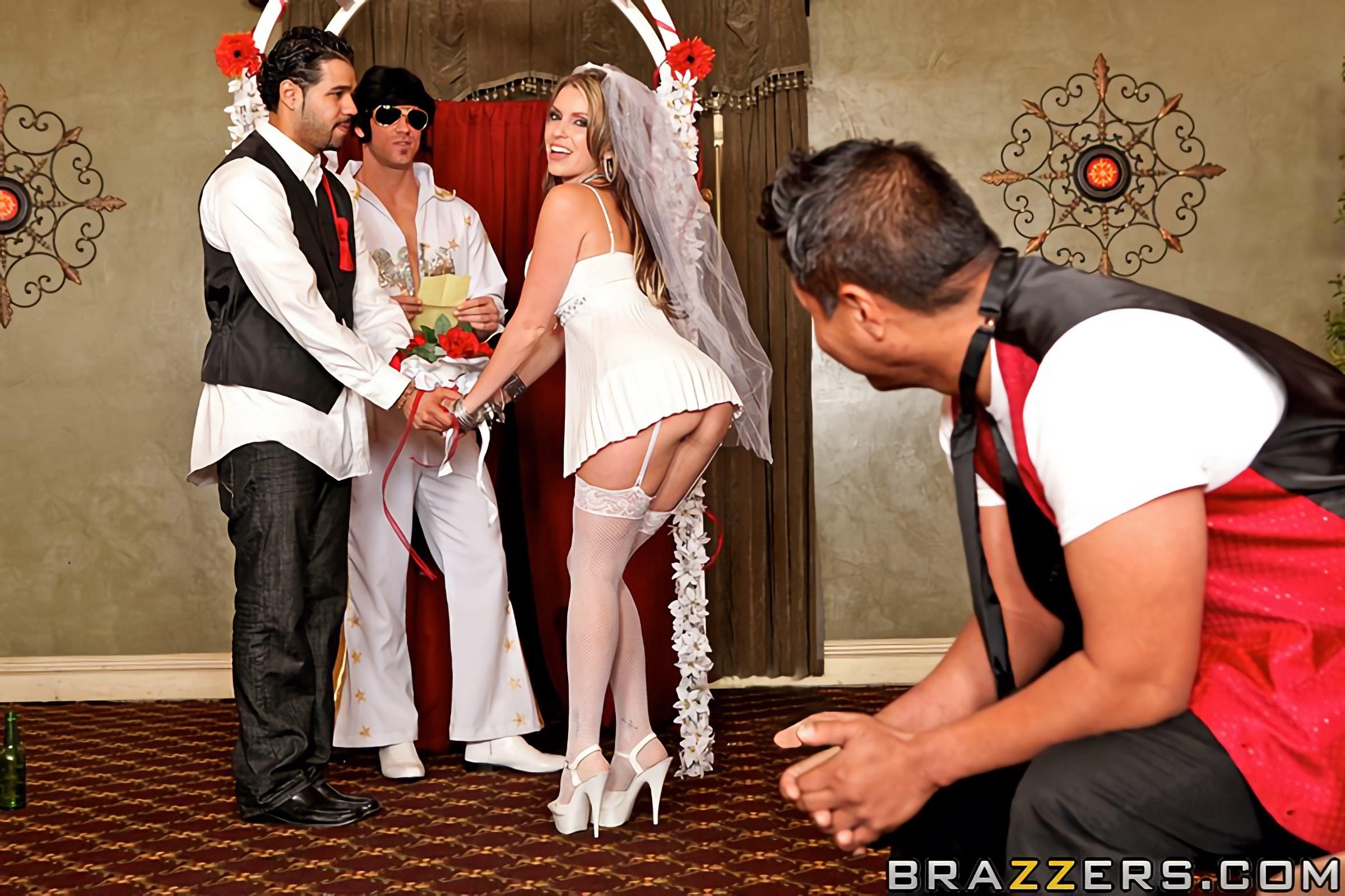 Brazzers 'Fuck Me Tender' starring Courtney Cummz (Photo 5)