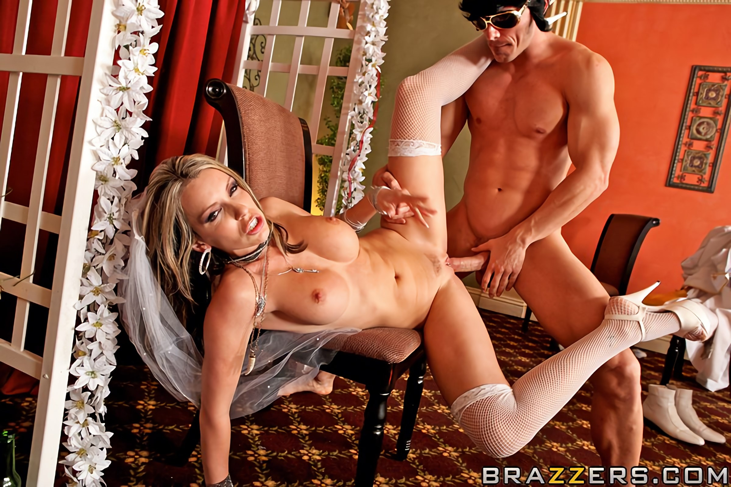 Brazzers 'Fuck Me Tender' starring Courtney Cummz (Photo 11)