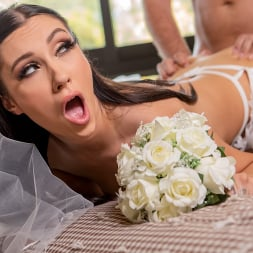 Jazmin Luv 在 'Brazzers' 逃跑的新娘需要迪克 (縮略圖 1)
