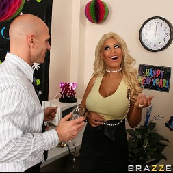 Bridgette B in 'Brazzers' Starting The New Year With A Bang (Thumbnail 6)