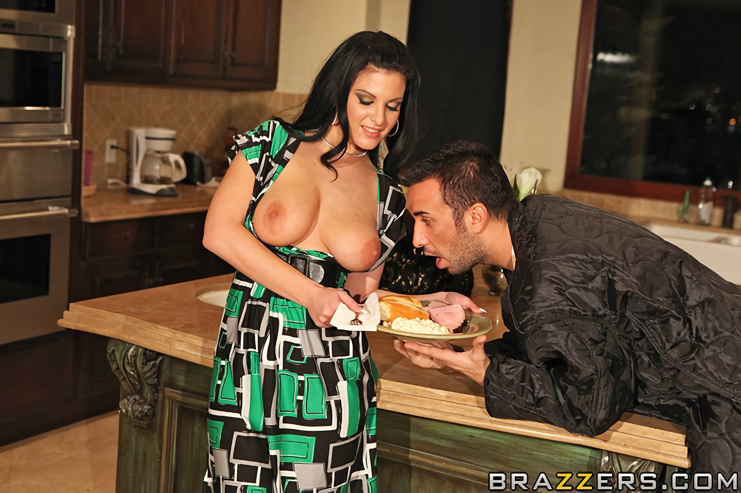 Brazzers 'Rocked By Homeless Cock' starring Marilyn Scott (Photo 5)