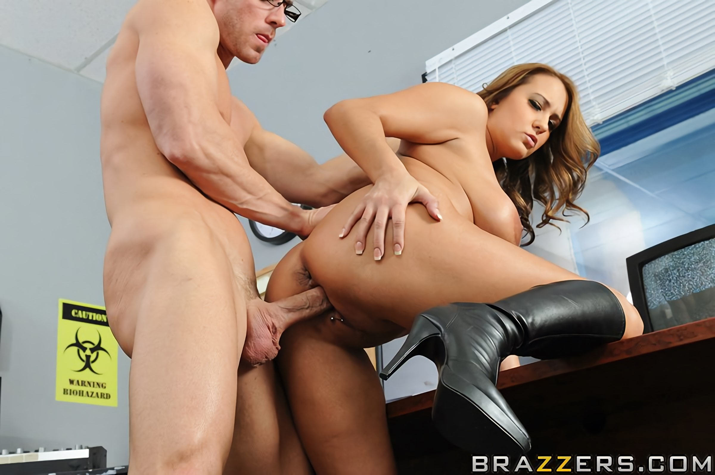 Brazzers 'Nuclear Tits' starring Trina Michaels (Photo 10)