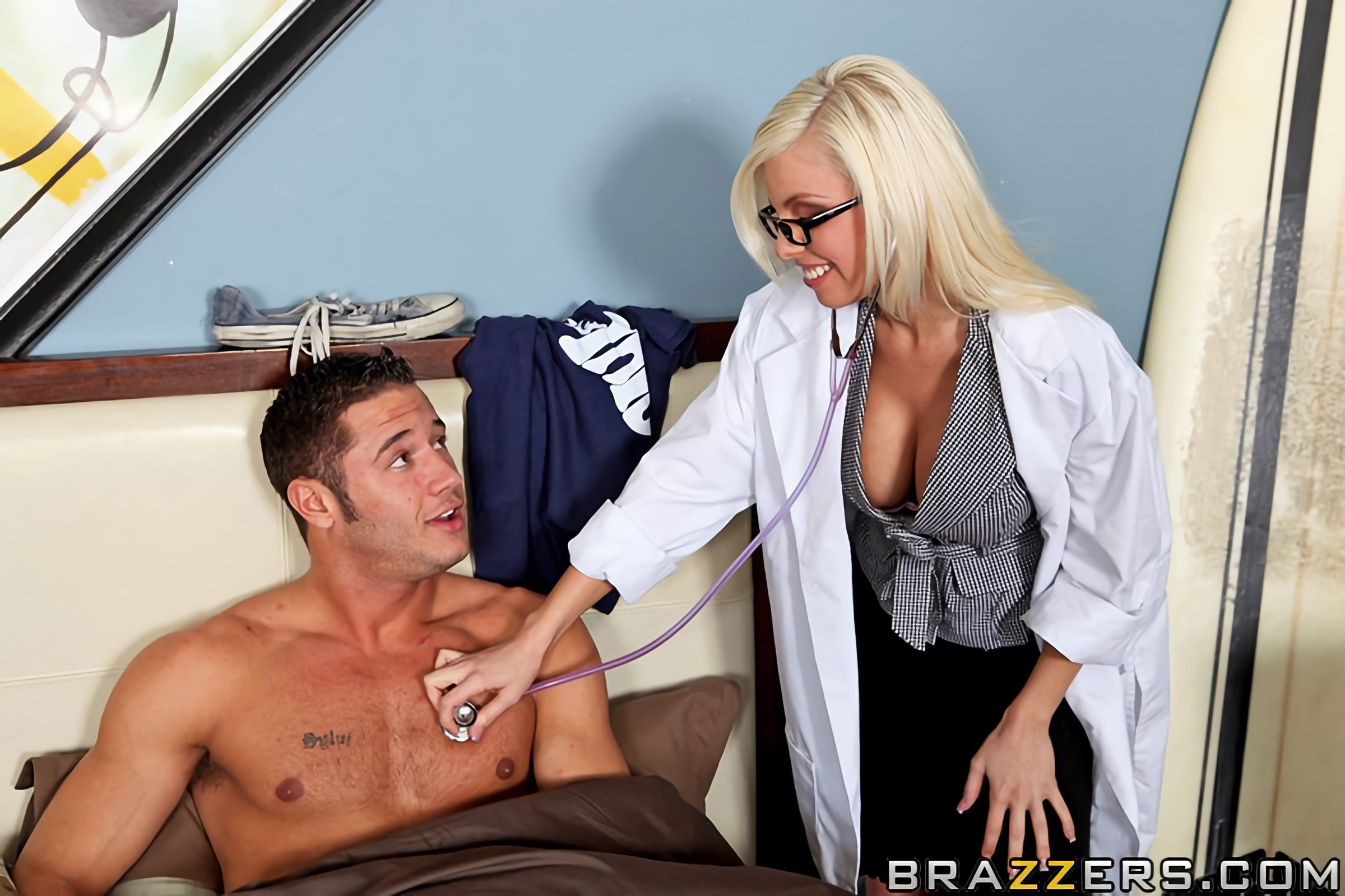 Brazzers 'CataTITic State' starring Britney Amber (Photo 5)