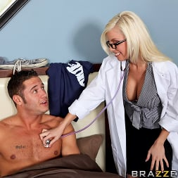Britney Amber in 'Brazzers' CataTITic State (Thumbnail 5)