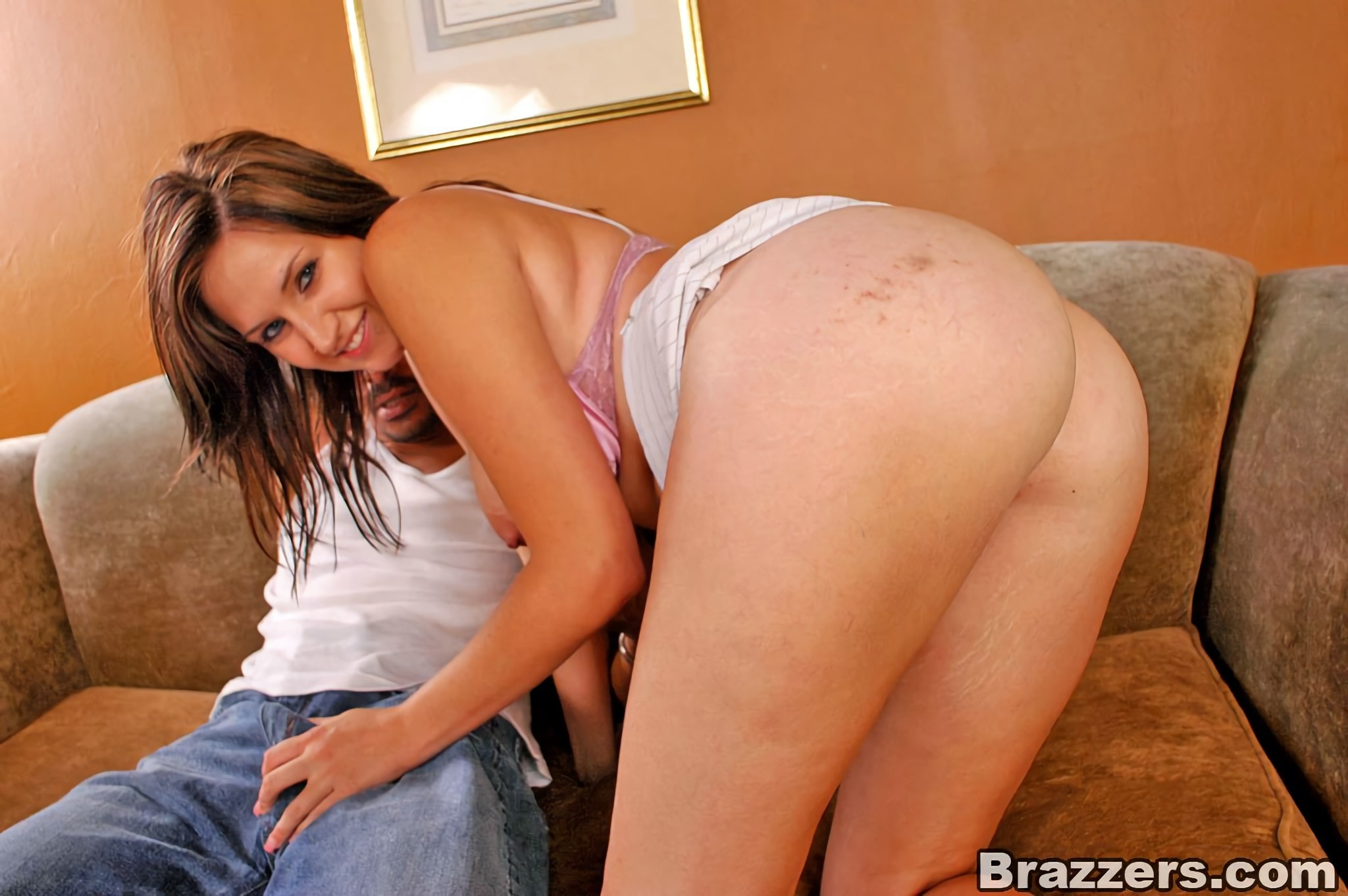 Brazzers 'Teenie With A Booty' starring Isis (Photo 8)