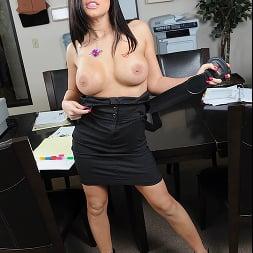 Eva Angelina in 'Brazzers' The Best Work Fuck (Thumbnail 4)