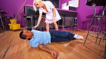 Britney Amber in 'Bad Bad Waitress'