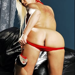 Abbey Brooks in 'Brazzers' Talk Dirty To Me (Thumbnail 3)