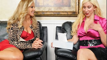 Julia Ann in 'This Ones A Keeper'