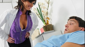 Veronica Avluv in 'Thats Not Him'