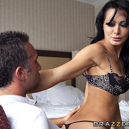 Sandra Romain in 'Brazzers' Ep-7- Bon Voyage Keiran (Thumbnail 7)