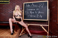 Julia Ann - Oral Exam (Thumb 04)