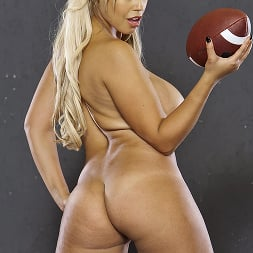 Alanah Rae in 'Brazzers' The Big Game (Thumbnail 3)