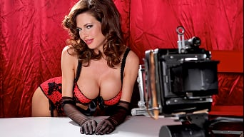 Veronica Avluv in 'Boobies Over Broadway'