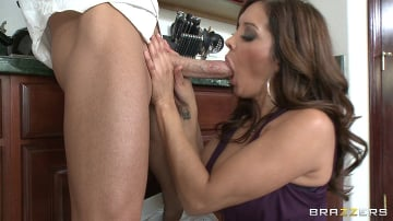 Ariella Ferrera - No Plastic Cock Can Match Johnnys Magic Wand