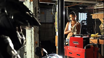 Skin Diamond in 'Diamond Repair'