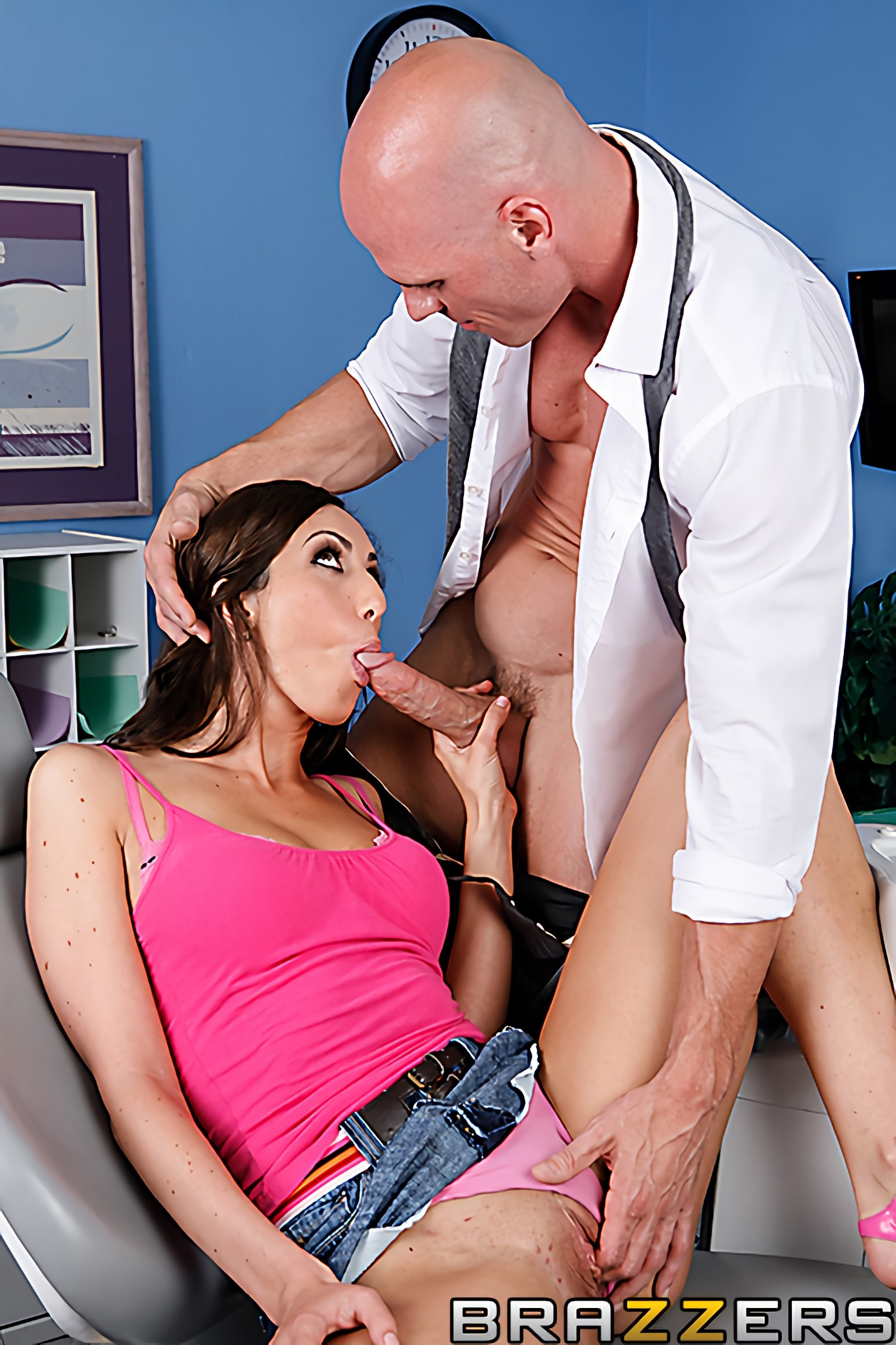 Brazzers 'Getting Dick at the Dentist' starring Angelica Saige (photo 8)