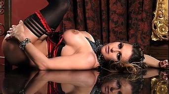 Rachel RoXXX in 'Caged Pussy'