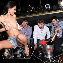 Sandra Romain in 'Brazzers' HUNGover (Thumbnail 5)