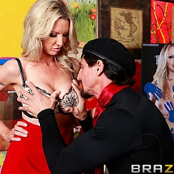 Emma Starr in 'Brazzers' Soaking Up Some Cunture (Thumbnail 6)