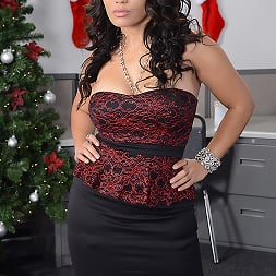 Jessica Bangkok in 'Brazzers' Office Christmas Party (Thumbnail 13)