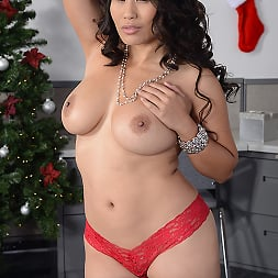 Jessica Bangkok in 'Brazzers' Office Christmas Party (Thumbnail 14)