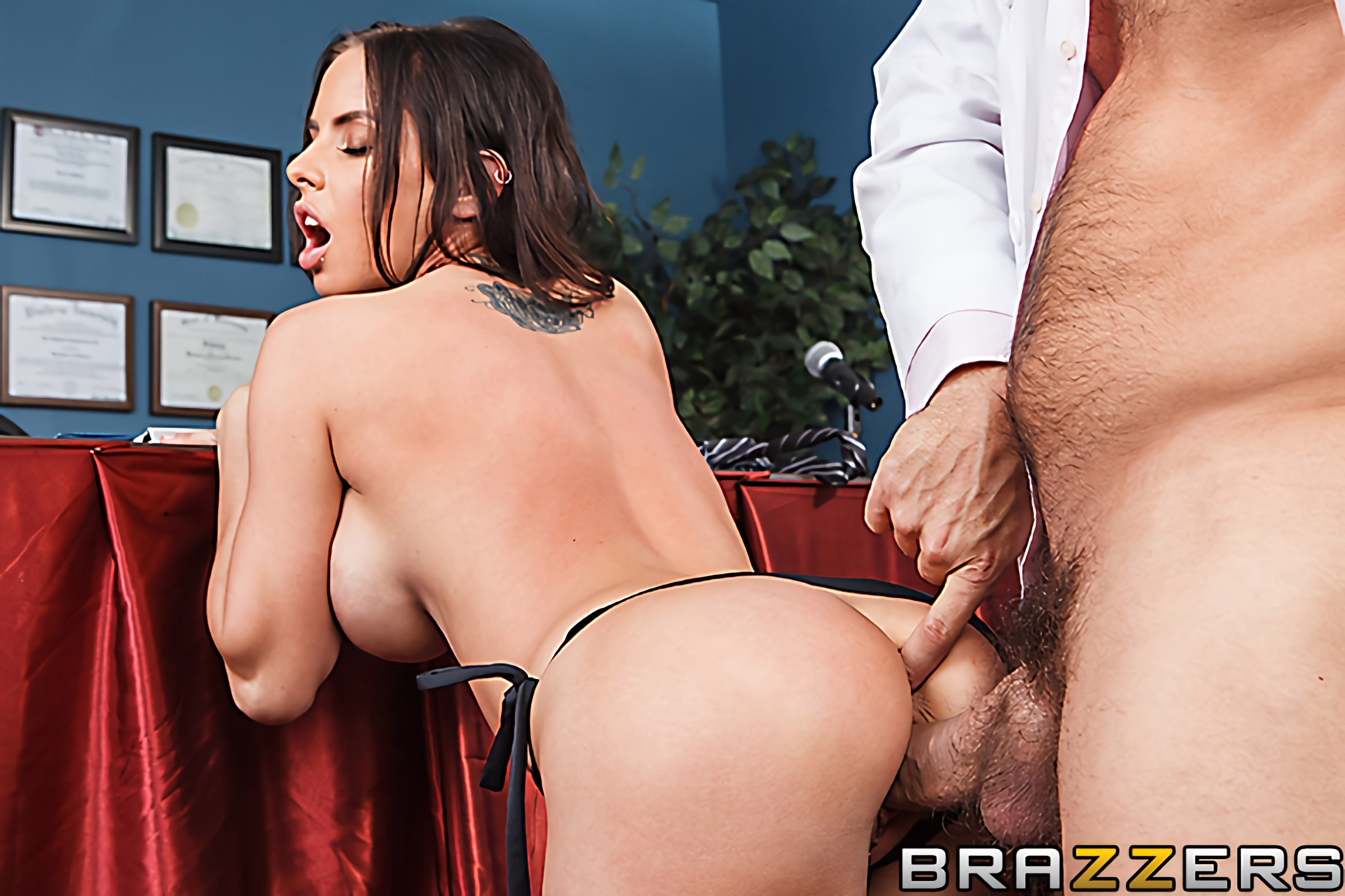 Brazzers 'License To Fuck' starring Brandy Aniston (Photo 5)