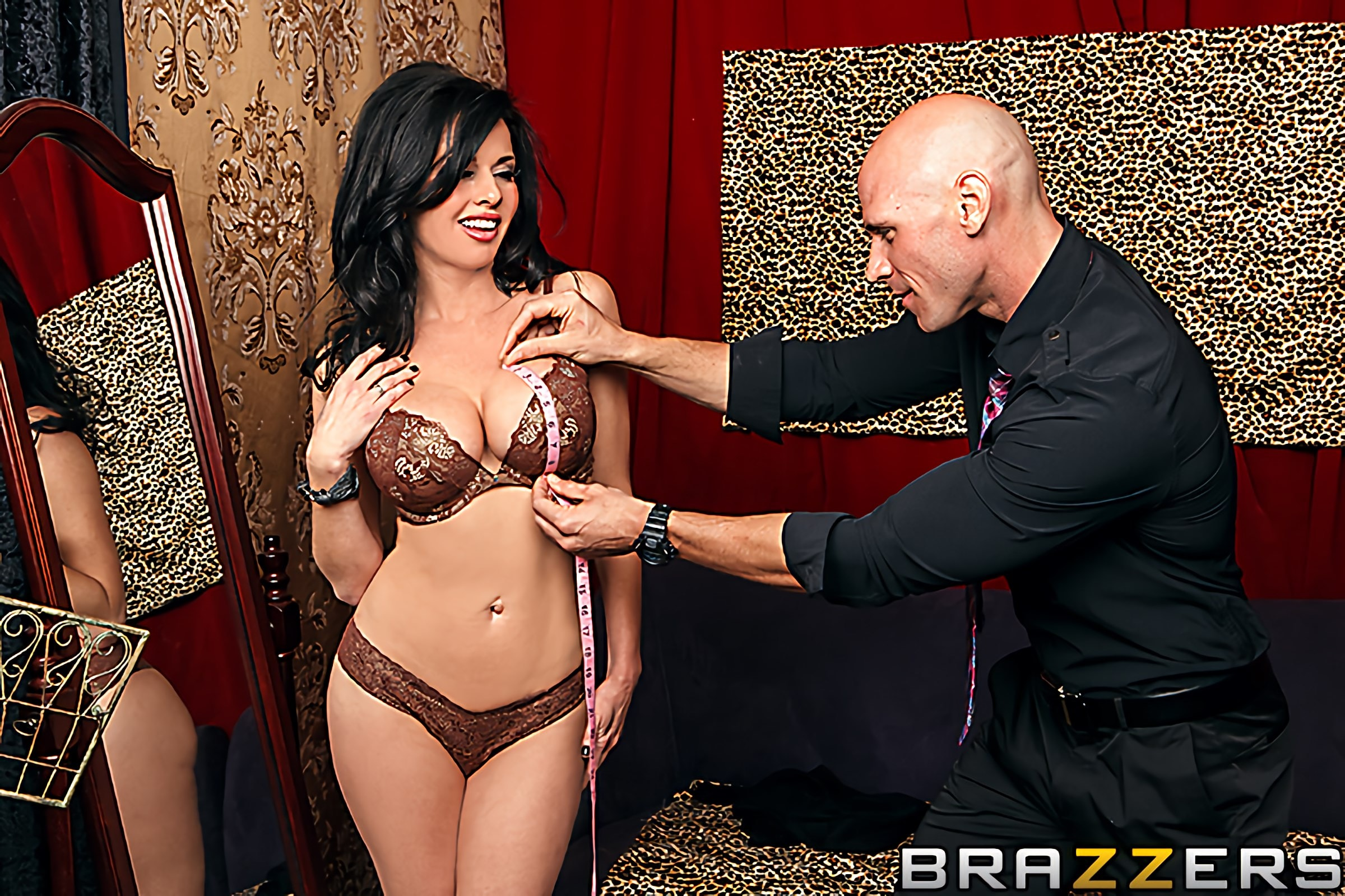 Brazzers 'The Right Fit' starring Veronica Avluv (Photo 2)