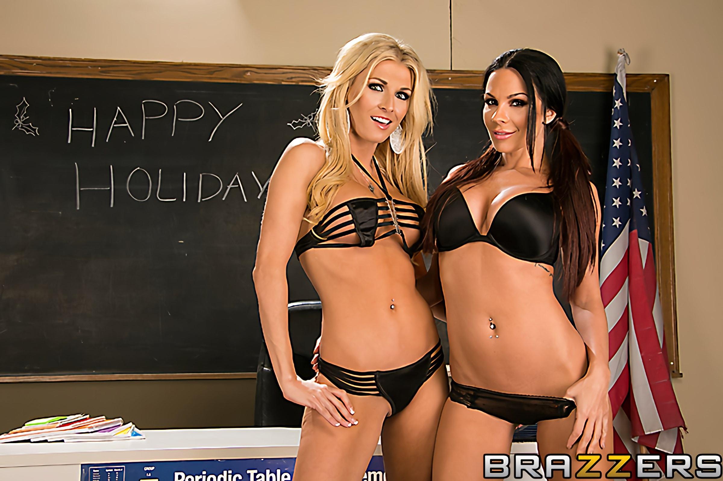 Brazzers 'Holiday Secrets' starring Kirsten Price (Photo 14)
