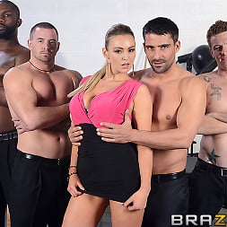 Abbey Brooks in 'Brazzers' Show Me What You Can Do (Thumbnail 6)