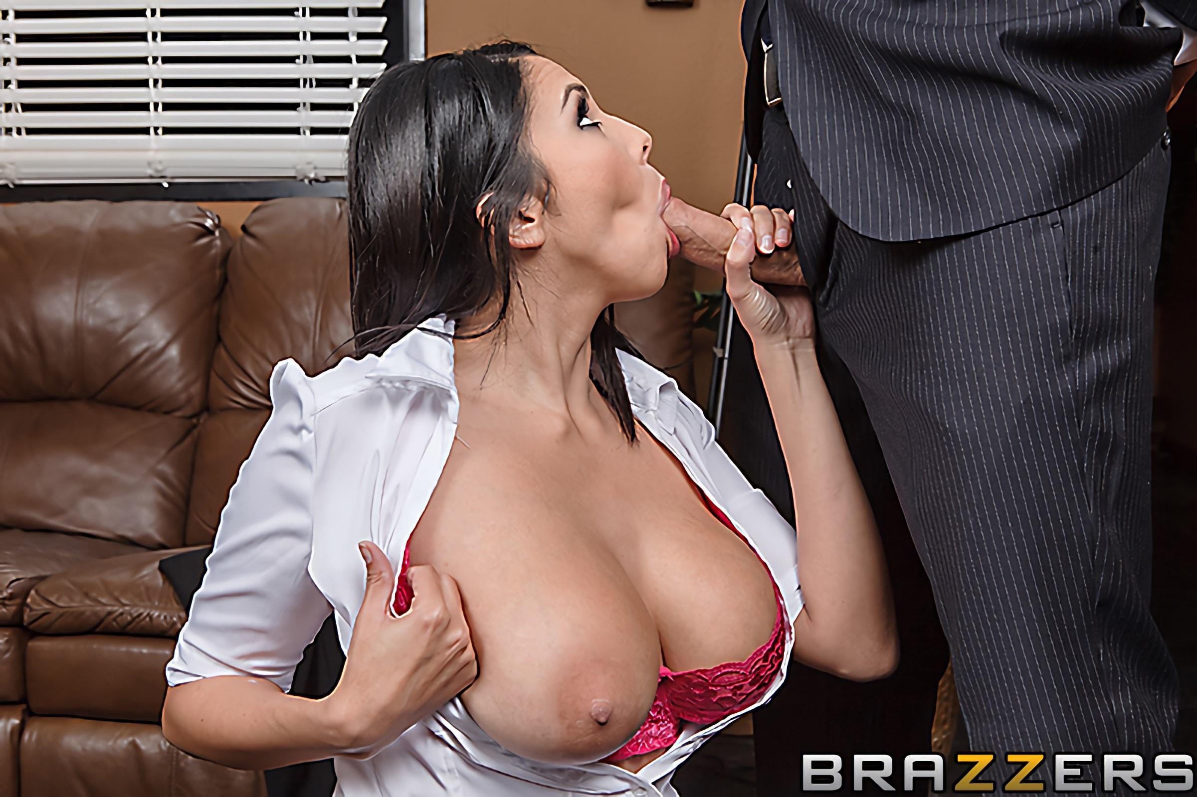 Brazzers 'Listening and Lust' starring Missy Martinez (Photo 3)