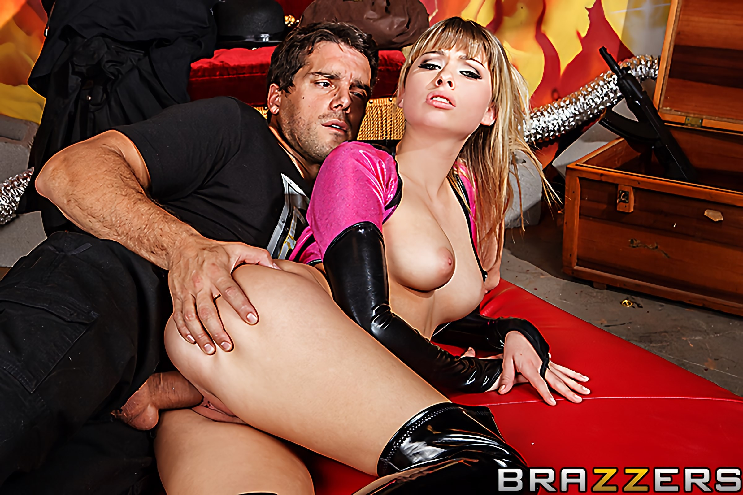Brazzers 'Wonder Pussy' starring Molly Bennett (Photo 12)
