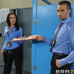 Kirsten Price in 'Brazzers' To Live and Fuck in LA Part 1 (Thumbnail 1)
