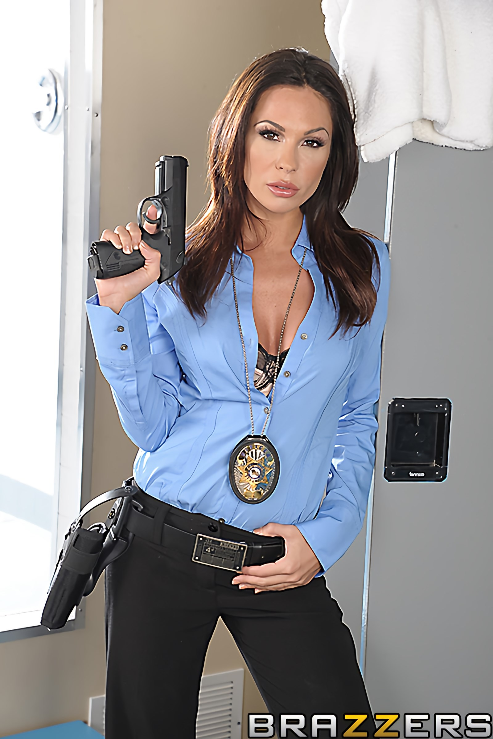 Brazzers 'To Live and Fuck in LA Part 1' starring Kirsten Price (Photo 12)