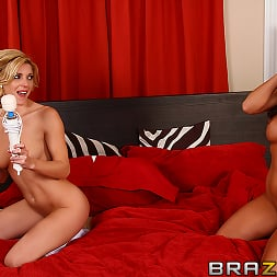 Abigail Mac in 'Brazzers' We Dont Need Boys (Thumbnail 5)