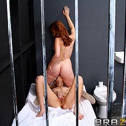 Kiara Diane in 'Brazzers' Prison Pussy (Thumbnail 4)