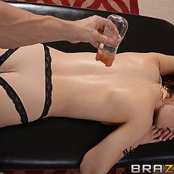 Jenna Ross in 'Brazzers' Splash Time (Thumbnail 10)