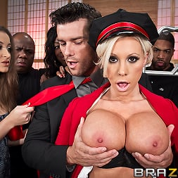 Lolly Ink in 'Brazzers' Bagging the Bellgirl (Thumbnail 2)