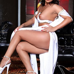 Madlin in 'Brazzers' I Reamed A Genie (Thumbnail 14)