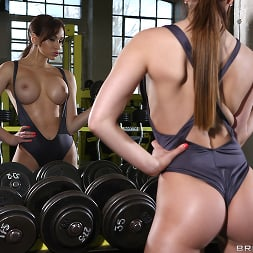 Aleska Diamond in 'Brazzers' Personal Pussy Trainer (Thumbnail 7)