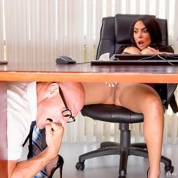 Lela Star in 'Brazzers' Under The Desk (Thumbnail 12)