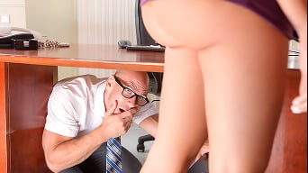 Lela Star in 'Under The Desk'