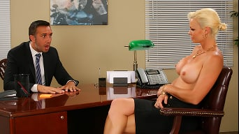 Rhylee Richards in 'Dreamy Office Tits'