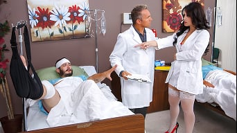 Noelle Easton in 'Nurse Noelle'