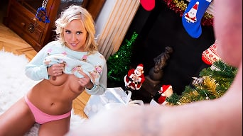 Carla Cox in 'Cumming Home For Christmas Part Two'