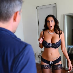 August Ames in 'Brazzers' Brazzers Awards (Thumbnail 7)