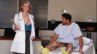 Brooke Wylde in 'How To Please A Sleaze'